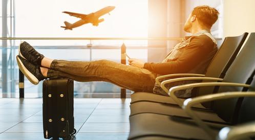 Laptop w samolocie - fakty i mity