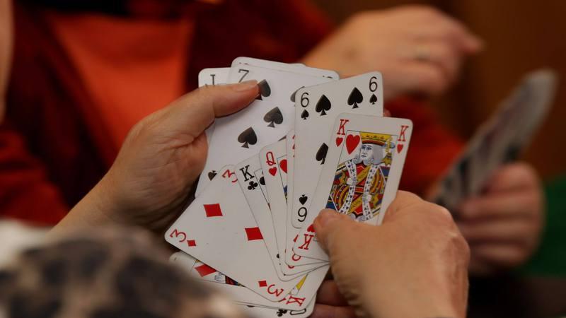 Jakie są fajne gry karciane?